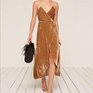 NWT Reformation Anoush velvet wrap dress gold $218